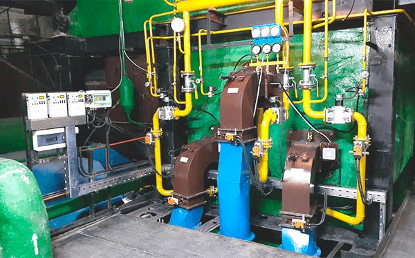 Газові пальники та шафа керування пальниками